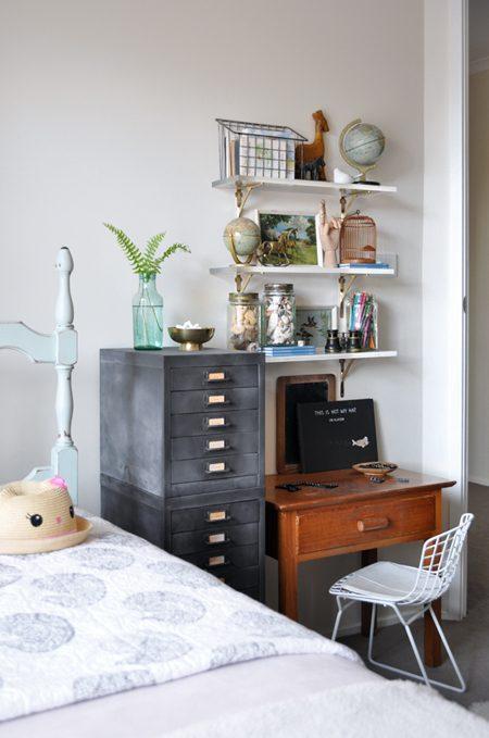 Desk 2 Blog